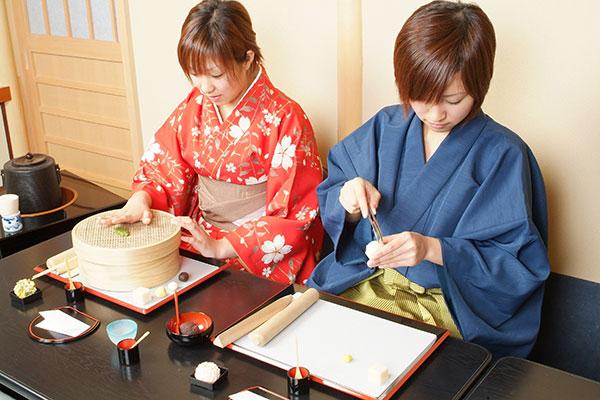 京菓子 ねりきり細工とおうす体験